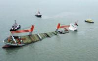 Freighter sinks
