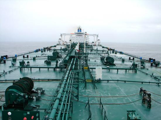 oil_tanker_deck