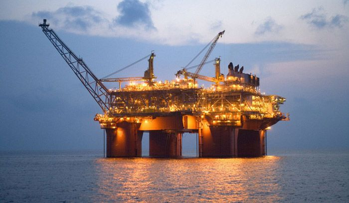 bp-atlantis-offshore-platform