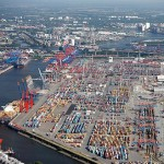 More Space for big Ships in Hamburg