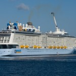 Royal Caribbean Cruises to Build Three New Ships