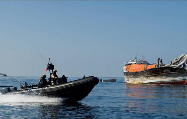 West Africa pirates switch to kidnapping crew as oil fetches