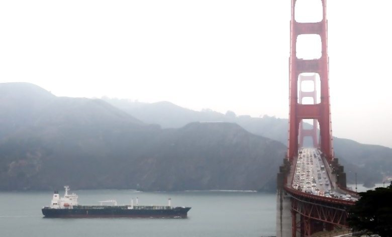 tanker-golden-gate-bridge