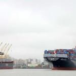 Hanjin ships head to NY-NJ as lawyers squabble