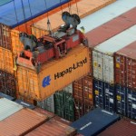 Hapag-Lloyd delays recovery hopes to second half of year