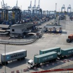Workers at Jakarta port ends strike early, citing national interests