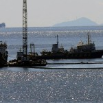 Greece – Fuel cleanup resumes amid fears of fresh leak from sunken tanker