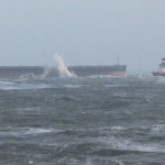 'Glory Amsterdam' freighter may remain stuck on German sandbar until Friday