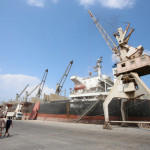 Explosion damages vessel carrying wheat to Yemen