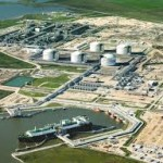 Cheniere and PETRONAS Sign 20-Year LNG Sale and Purchase Agreement