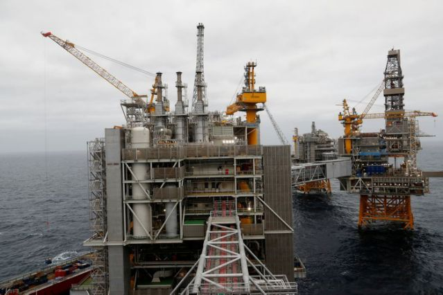 FILE PHOTO: A general view of Equinor's Johan Sverdrup oilfield platforms in the North Sea, Norway, December 3, 2019. REUTERS/Ints Kalnins/File Photo