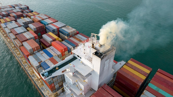 Smoke,Exhaust,Gas,Emissions,From,Cargo,Lagre,Ship,,marine,Diesel