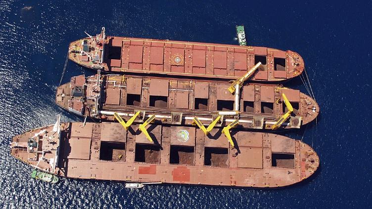 Capesize_ships