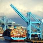 Largest U.S. Ports Enter a Peak Season Expected to Be Weak
