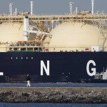 Qatar Keeps Exporting Oil and Gas after Saudis Cut Ties