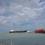 Corpus Christi port remains closed, surveys find minimal damage