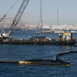 Greece to step up tanker checks after pollution from sinking